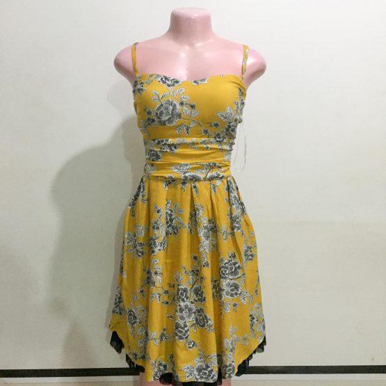 Ladies Floral Dress (Size 14-16)